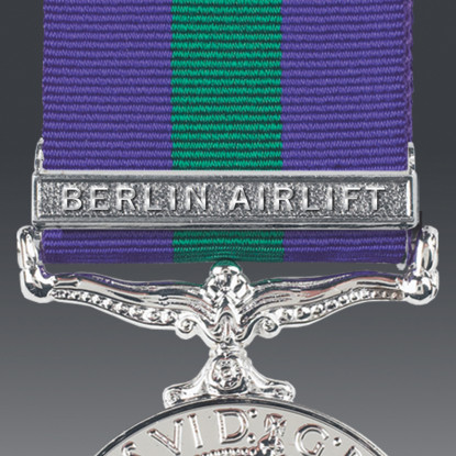 Berlin Airlift Clasp Full Size With Pin