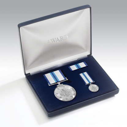 The Commemorative Queens Sapphire Jubilee Medal Set