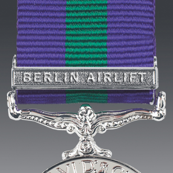 Berlin Airlift Miniature Clasp