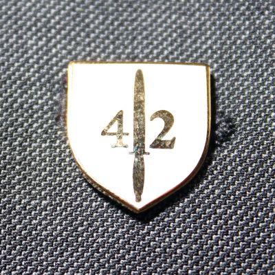 42 Commando RM Lapel Badge