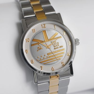 MEDALWATCH TWO TONE DIAL WITH TWO TONE BRACELET