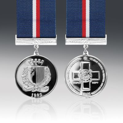 Malta George Cross Full Size Medal