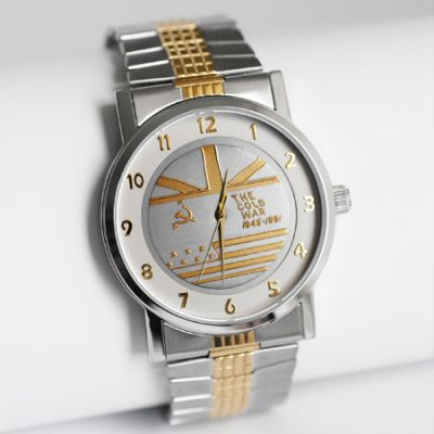 MEDALWATCH TWO TONE DIAL WITH TWO TONE STRETCH BRACELET