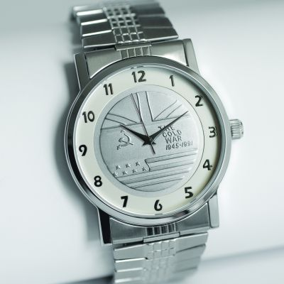 MEDALWATCH SILVER DIAL WITH SILVER STRETCH BRACELET