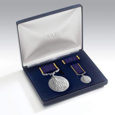Queen Elizabeth II 65th Anniversary Coronation Medal Presentation Set