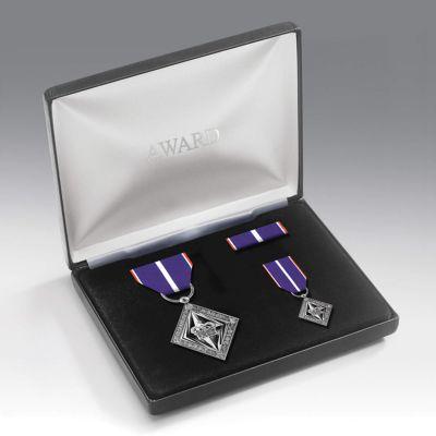 Commemorative Diamond Jubilee Medal Presentation Set