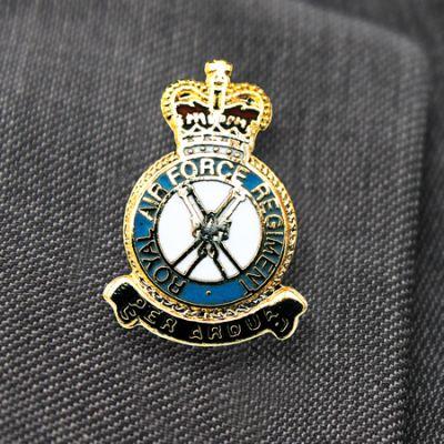 RAF REGT LAPEL BADGE