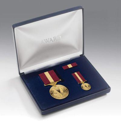 Medal Presentation Set PEACE